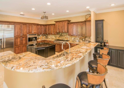 Dual Tone Kitchen Countertop & Island